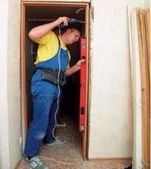 Монтаж дверных и оконных блоков