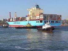Transportations passenger and cargo on internal waterways