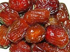Recovery of dried fruits
