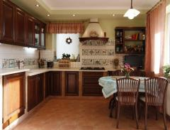Decorative finishing by ceramics (tiles)