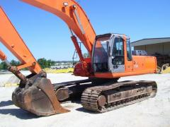 Услуги и аренда экскаватора Hitachi ZX 330-3 на гусеничном ходу