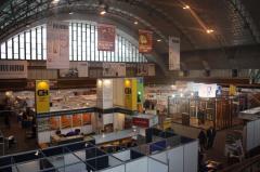 Дополнительные услуги в процессе подготовки экспозиции и работы на стенде.