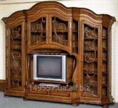Реставрация старинной мебели из дерева.