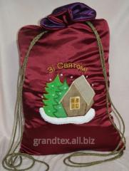Изготовление подарочной упаковки с использованием вышивки и печати, пошив упаковки для новогодних детских подарков: сапожки, мешочки