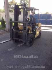 Rent of a fork loader of Caterpillar DP30NT,