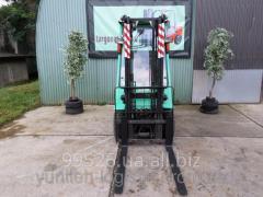 Rent - the Diesel loader of Mitsubishi FD15K,