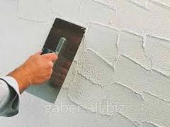 Putting decorative plaster