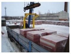 Unloading of pallets crane Fastov