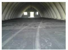 Laying of asphalt in industrial buildings