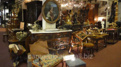 Services in insurance of works of art and antiques
