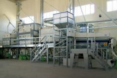 Cleaning, drying, calibration of sowing material,