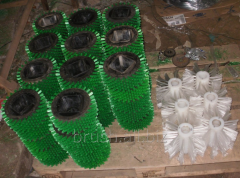 Production of industrial brushes under the order
