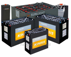Replacement of traction batteries in warehouse
