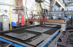 Gas-plasma cutting of metal