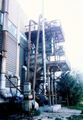 Molding under pressure of aluminum and zinc