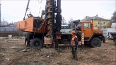 Work on the device of buroinjektsionny piles