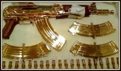 Metallization, dusting of surfaces gold,