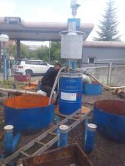 Services in clearing pipes and tanks
