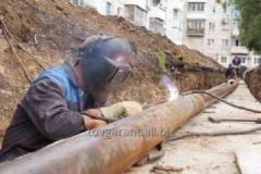Mounting and replacement of pipelines, gas