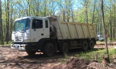 Rent Hyundai HD 370 Dump truck