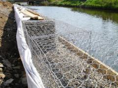 Strengthening of the coast gabions