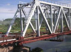 Расчистка водоводов под мостами