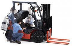 Repair and maintenance of handling equipment