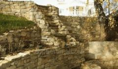 Building of retaining walls