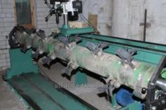 Balancing the shaft axis of the rotor, crankshaft,