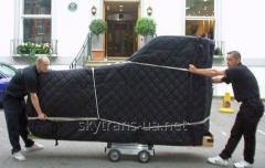 Transportation of pianos and grand pianos