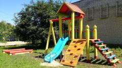La construcción de los patios infantiles