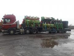 Road haulage of outsize heavy cargo