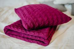 Knitted bed linen