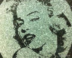 Лазерная гравировка на мраморе и граните