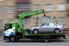 Services of car hauler