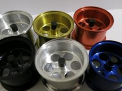 Anodizing of metal wares