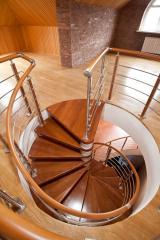 Изготовление и монтаж винтовых лестниц