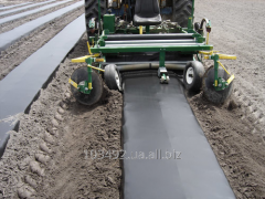 Mulching of ground for winter