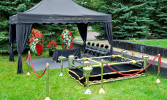 Preparation of the place of farewell