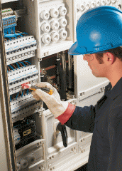Training of the responsible person for electrical