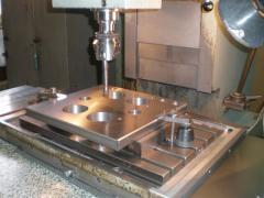 Координатно-расточные работы размеры детали Н-300 мм, L-500 мм, В-300 мм.