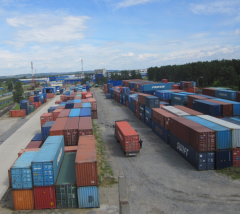 Services of cargo container terminals