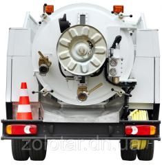 Cleaning of septic tanks