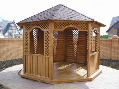 Installation of wooden arbors