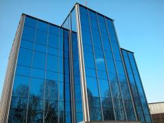 Остекление фасадов, офисов и квартир