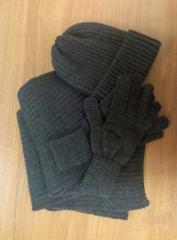 Knitted caps, scarfs, gloves