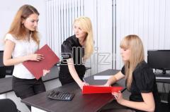 Разработка для заказчика документов, необходимых для организации и осуществления деятельности (уставы, приказы, внутренние нормы и правила и т.п.).