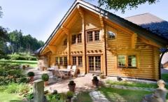 Будівництво дерев'яних будинків з оциліндрованої колоди