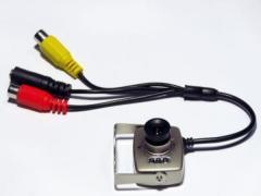 Подключение коннектора сигнала со стороны видеокамеры