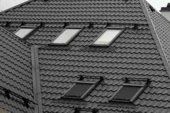 Демонтаж мансардных окон